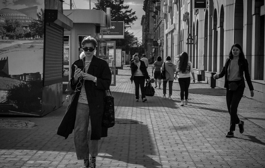 Стрит. ЧБ. Новосибирск